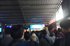 Sejumlah Orang Mengamuk Saat Antre Cek Suhu Tubuh di Stasiun Bogor