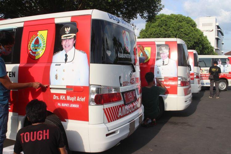 Ambulan desa milik Pemkab Jember yang akan dihibahkan pada setiap desa di Kabupaten Jember