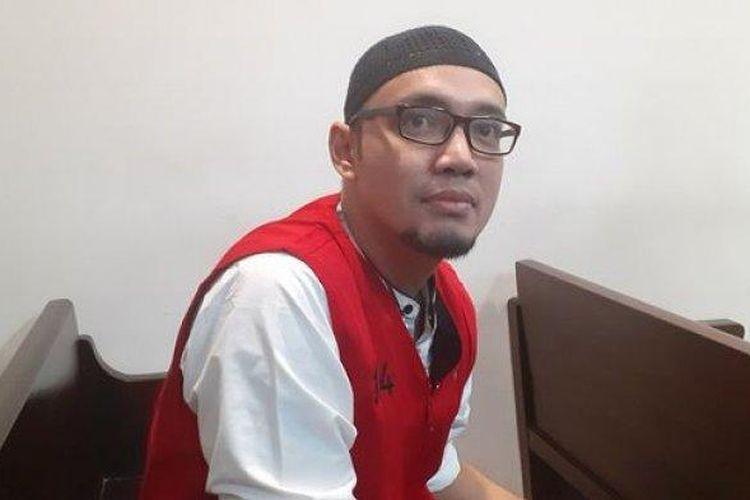 Sandy Tumiwa saat menjalani sidang perdana di Pengadilan Negeri Jakarta Selatan, Kamis (11/7/2019).