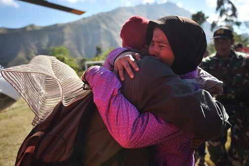 6 Korban Selamat dan 1 Jenazah Pendaki Dievakuasi dari Rinjani