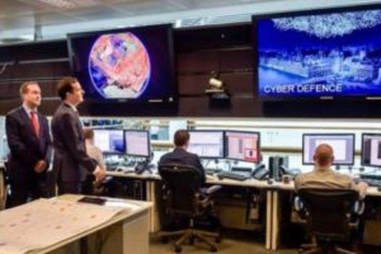 Ruang pantau 24 jam di GCHQ