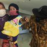 41 Hari Dirawat, Bocah yang Viral Dijemput Petugas Medis Akhirnya Sembuh dari Corona