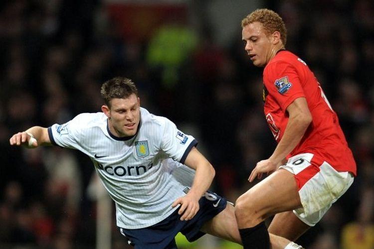 James Milner (kiri) dan Wes Brown (kanan) pada laga Manchester United vs Aston Villa, 12 Desember 2009.