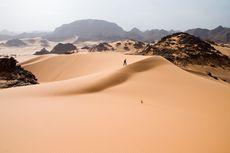 Misteri Ratusan Struktur Batu Berusia Ribuan Tahun di Sahara