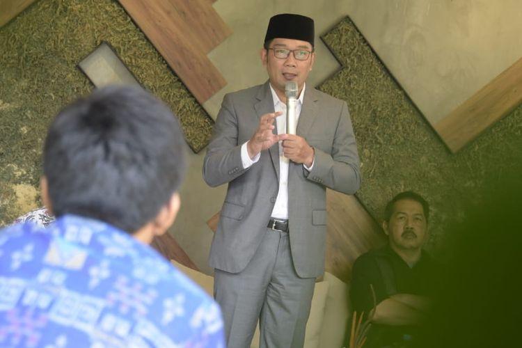Gubernur Jawa Barat Ridwan Kamil saat hadir dalam kegiatan Forum Pimpinan Redaksi di Nara Park, Kota Bandung, Jumat (12/4/2019).
