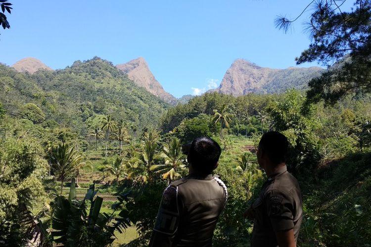 Bukit Piramid Gunung Argopuro Kabupaten Bondowoso, Jawa Timur, lokasi hilangnya Thoriq Rizki Maulidan, Warga Desa Sukowiryo Kecamatan Bondowoso.