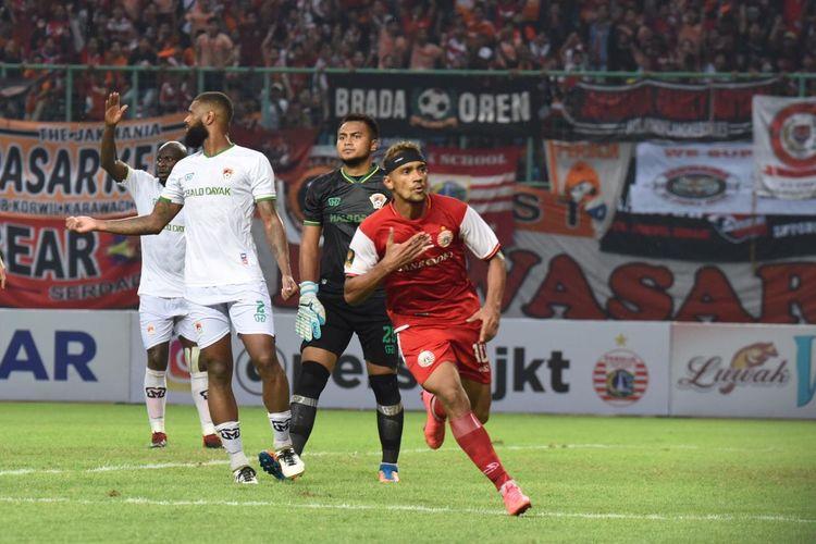 Selebrasi pemain Persija Jakarta, Bruno Matos, saat mencetak gol dalam pertandingan 8 besar Piala Presiden 2019 melawan Kalteng Putra di Stadion Patriot, Bekasi, Jawa Barat, Kamis (28/3/2019).