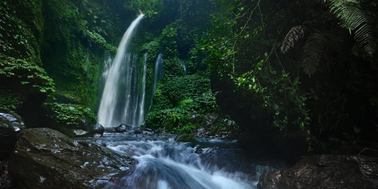 Air Terjun Tiu Kelep di Senaru, Kabupaten Lombok Utara, Nusa Tenggara Barat.