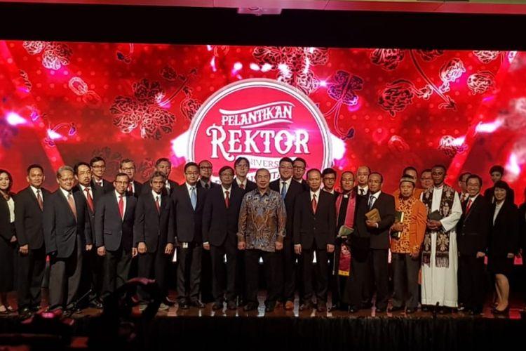 Prof Harjanto Prabowo hari ini (15/8/2018) telah resmi dilantik sebagai rektor Binus University untuk tahun bakti 2018-203.