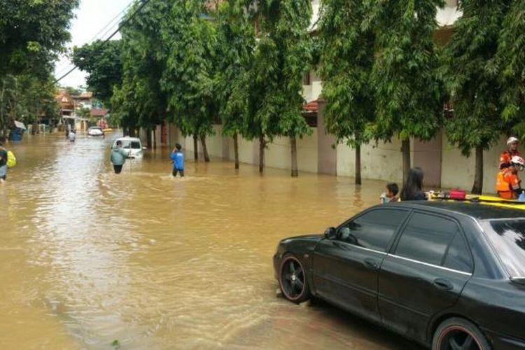 Banjir di Bukit Duri, Tebet, Jakarta Selatan, Kamis (16/2/2017)