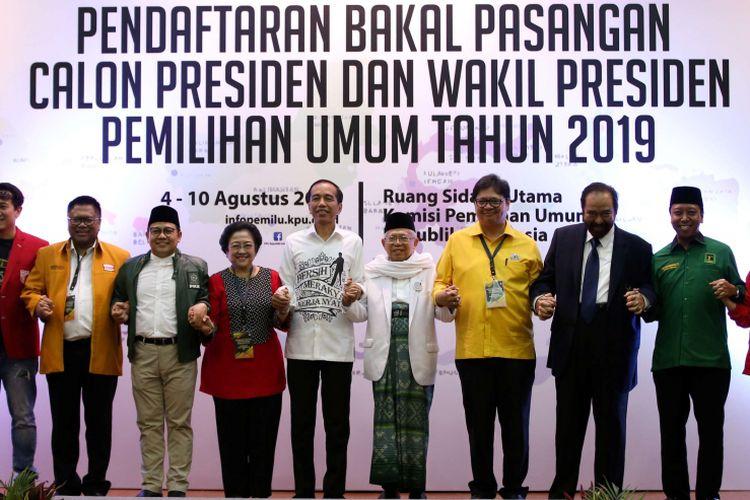 Pasangan Joko Widodo dan Maruf Amin didampingi tokoh partai pendukung resmi mendaftarkan diri  sebagai bakal capres dan cawapres di Komisi Pemilihan Umum RI, Jakarta, Jumat, (10/8/2018).