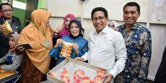 Mendes PDTT Beri BUMG Cot Girek Kandang Bantuan Modal Rp 50 Juta