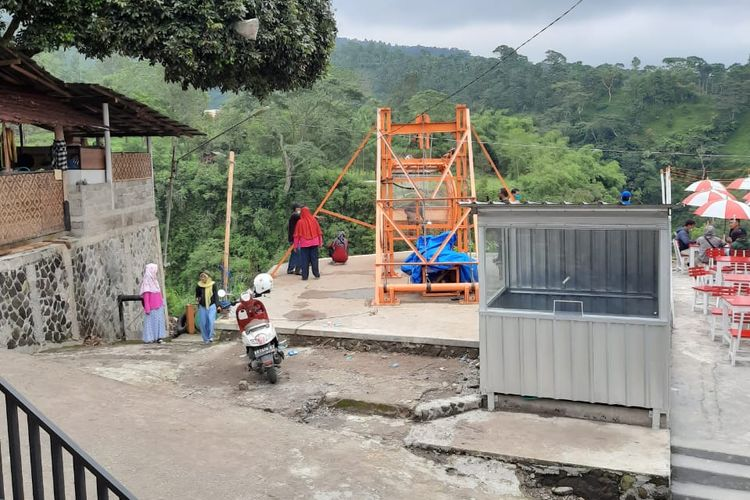 Gondola untuk wisatawan di Dusun Girpasang, Desa Tegalmulyo, Kecamatan Kemalang, Kabupaten Klaten, Jawa Tengah (dok. Kepala Desa Tegalmulyo Sutarno).