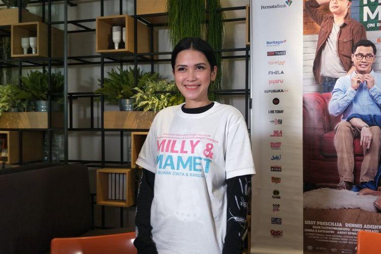 Dinda Kanyadewi  saat ditemui dalam jumpa pers syukuran satu juta penonton film Milly & Mamet di kawasan Sarinah, Menteng, Jakarta Pusat, Senin (31/12/2018).