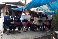 8 Tahun, Siswa Sebuah SMP di Bogor Belajar di Tenda Beratapkan Terpal Sobek