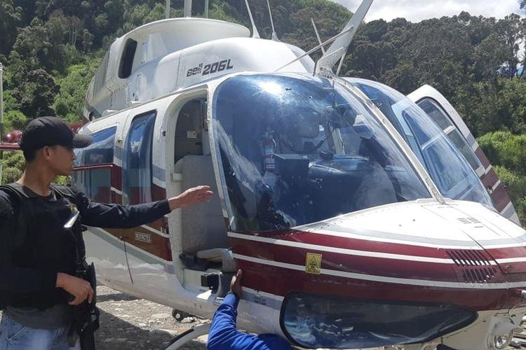 Helikopter milik PT Intan Angkasa yang ditembaki KKB di Kabupaten Puncak, Papua, Rabu (16/10/2019).