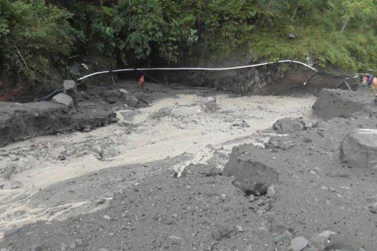 Banjir lahar hujan terjadi di kawasan hulu Kali Boyong, Rabu (14/4/2021) sekira pukul 10.00 WIB.