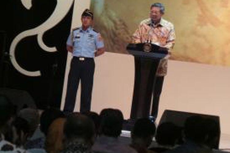 Presiden SBY saat acara Gelar Batik Nusantara 2013 di Jakarta Convention Center, Jakarta, Rabu ( 17/7/2013 ).