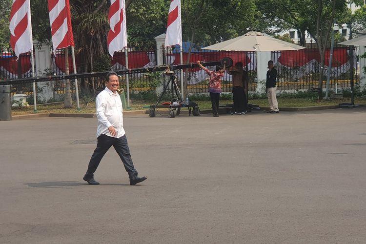 Bendahara Umum Tim Kampanye Nasional Joko Widodo-Maruf Amin pada pilpres 2019 lalu, Wahyu Sakti Trenggono, menyambangi Istana Kepresidenan pada Jumat (25/10/2019) pagi.