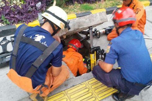 Tugas Damkar yang Tak Sekadar Padamkan Api: Bantu Lepas Cincin hingga Selamatkan Hewan