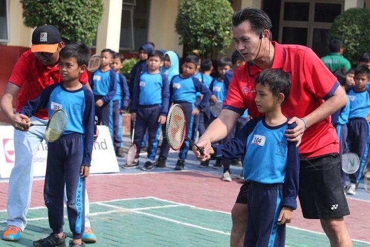 Sinar Mas Land (SML) bekerja sama dengan Candra Wijaya International Badminton Center (CWIBC) gelar pencarian bibit bulutangkis usia 8-11 tahun mulai 16 Oktober 2019 sampai dengan 16 November 2019 bertajuk SML Mencari Juara 2019.
