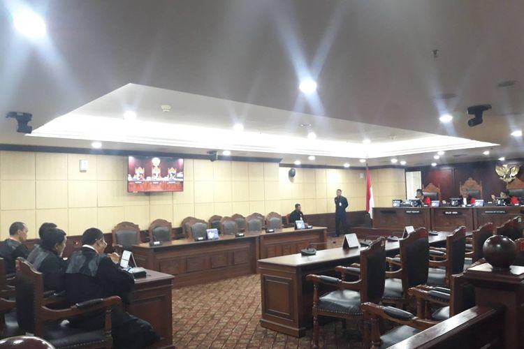 Sidang uji materi terkait kasus perampasan aset First Travel di Mahkamah Konstitusi, Jakarta Pusat, Selasa (10/12/2019).
