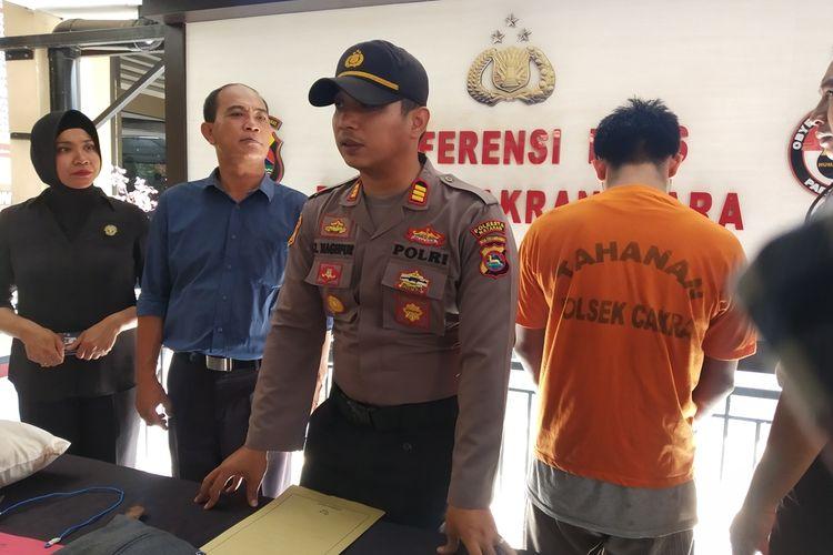 Pres konfrence Polsek Cakra, Mataram, NTB terkait penangkapan pelaku penusukan di Hotel Amaia Mataram