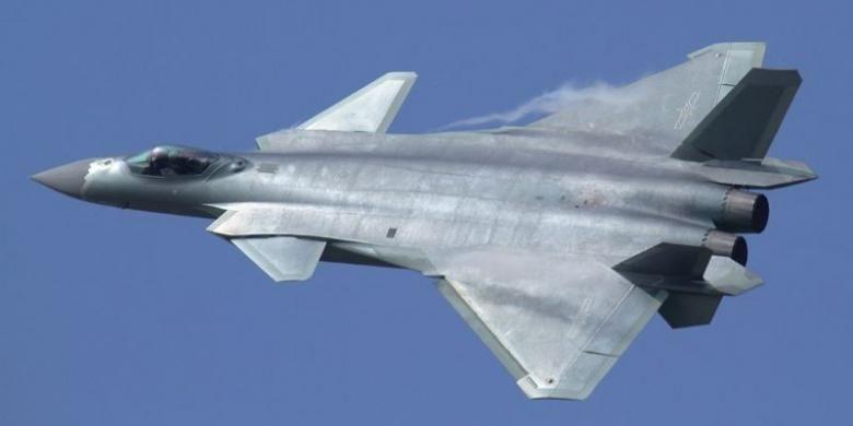 Chengdu J-20, jet tempur generasi kelima buatan China.