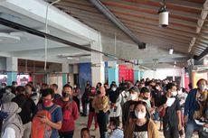 Vaksinasi Covid-19 Massal di XT Square Yogyakarta Timbulkan Kerumunan