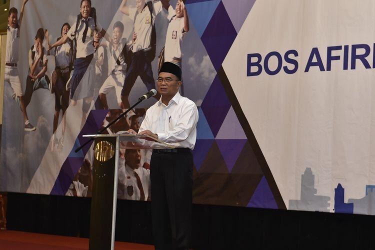 Mendikbud Muhadjir Effendy dalam acara Sosialisasi Program BOS Afirmasi dan BOS Kinerja di Jakarta, Kamis (12/9/2019).