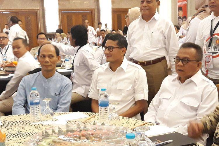 Wakil Ketua Dewan Pembina Partai Gerindra Sandiaga Uno (tengah) hadir dalam rapat kerja daerah (Rakerda) Gerindra Provinsi DKI Jakarta di Grand Sahid Jaya, Jakarta Pusat, Minggu (26/1/2020).
