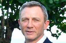 Video Pertama Bond 25 Tampilkan Daniel Craig Kemudikan Aston Martin