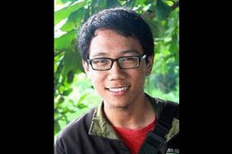 Fiki Ferianto, mahasiswa Administrasi Negara di Universitas Tadulako, Sulawesi Tengah, mengaku hanya tekad yang bulat bisa membuat dirinya mewujudkan mimpi melanjutkan pendidikan.