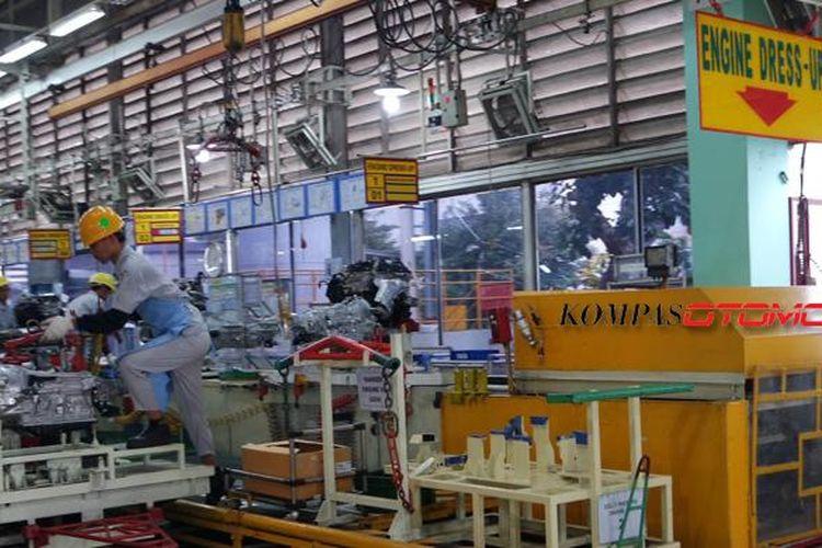 Mesin Toyota All-New Kijang Innova dikirim dari pabrik Toyota Motor Manufacturing (TMMIN) di Sunter.
