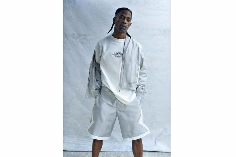Rapper Travis Scott saat memperagakan Travis Scott Dons Dior & Jordan Bran.