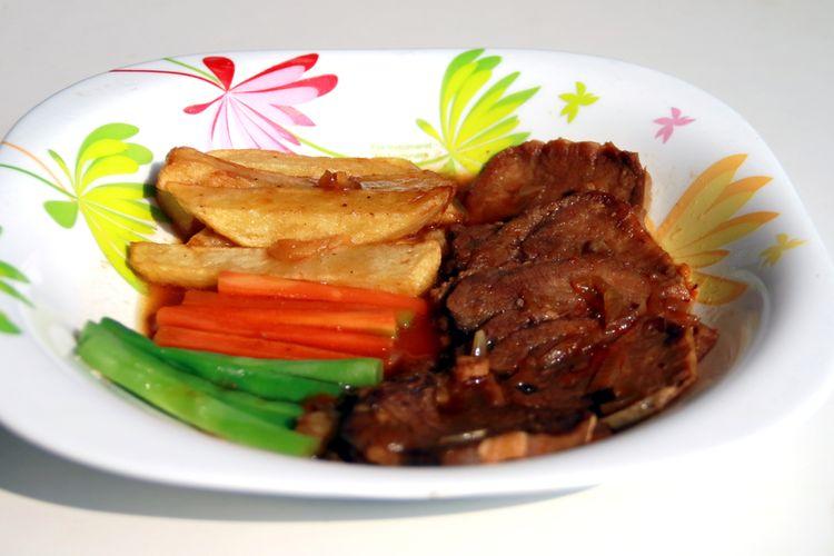 Ilustrasi bistik daging sapi.