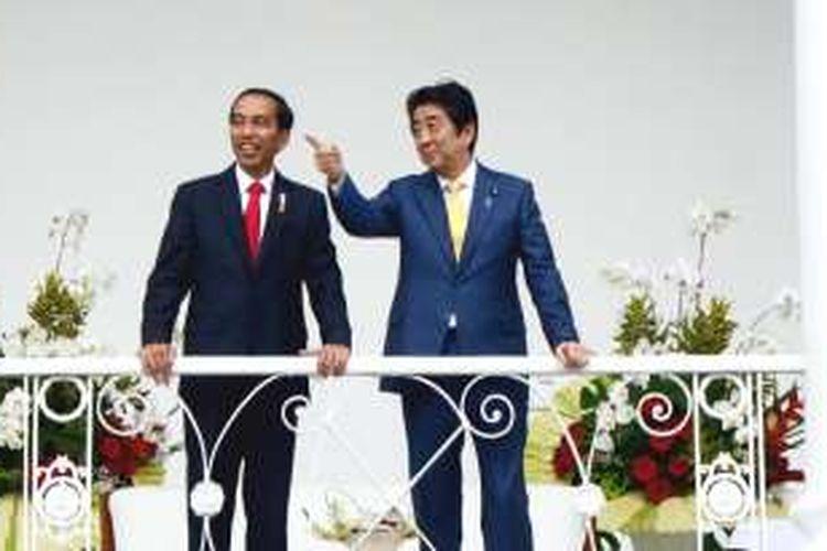 Veranda Talk Presiden Jokowi dan PM Abe di Istana Kepresidenan Bogor, Minggu (15/1/2017) sore.
