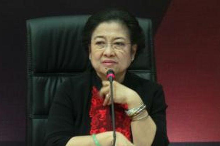 Ketua Umum PDI Perjuangan Megawati Soekarnoputri saat memberikan pidato politik dalam Rakernas PDI Perjuangan di Ancol, Jakarta, Jumat (6/9/2013).