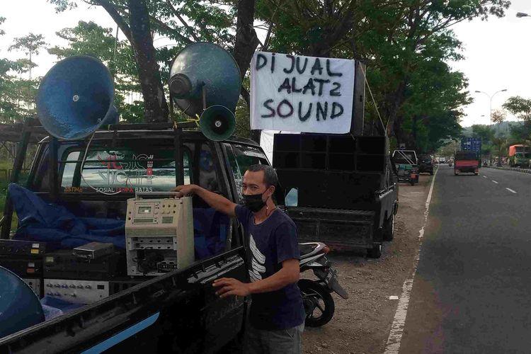 Pengusaha rental sound system mulai menjual asetnya karena selama dua tahun tidak ada job akibat pandemi Covid-19