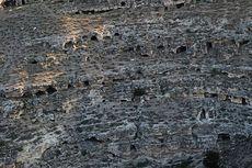 400 Makam Kuno Berusia 1.800 Tahun dan Harta Karun Romawi Ditemukan di Turki