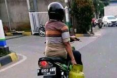 Jangan Banyak Gaya Bawa Motor Hanya Satu Tangan!