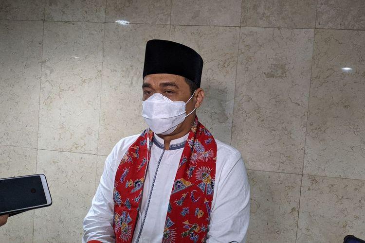 Wakil Gubernur DKI Jakarta Ahmad Riza Patria di Balaikota DKI Jakarta, Jalan Medan Merdeka Selatan, Gambir, Jakarta Pusat, Jumat (8/1/2021)