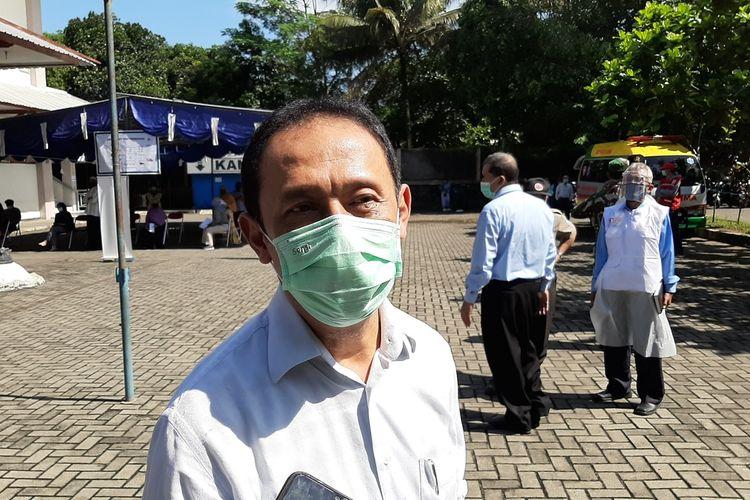 Kepala Dinas Kesehatan Kabupaten Sleman Joko Hastaryo saat menemui wartawan di GOR Pangukan Sleman Selasa (12/05/2020)