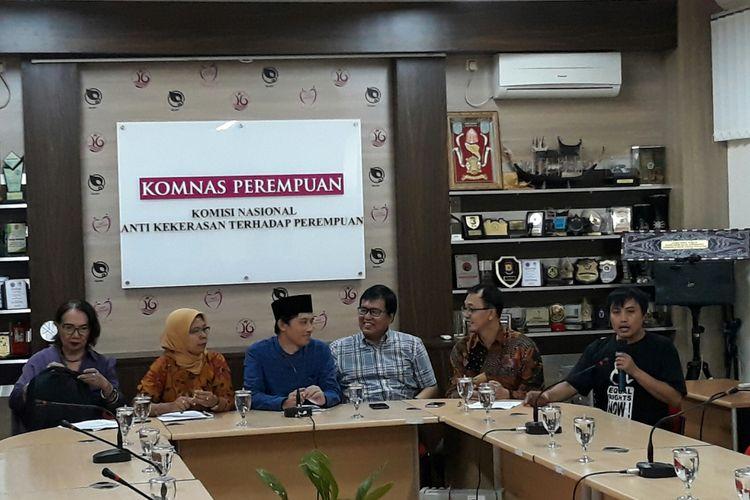 Konferensi pers penyerangan terhadap rumah warga jemaat Ahmadiyah Lombok Timur di Kantor Komnas Perempuan, Senin (21/5/2018).
