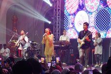 Rossa Tersipu Saat PADI dan Afgan 'Hadir' di Konsernya