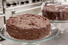 Kreasi Kue Kopi, Resep Cake Cokelat Topping Dalgona Coffee