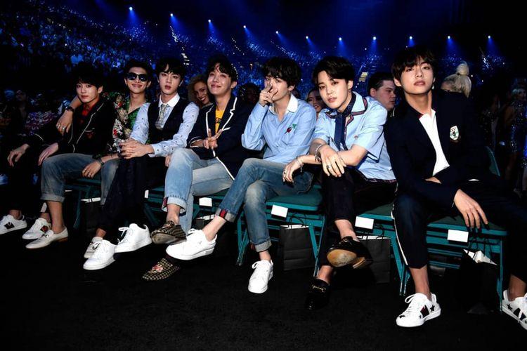 Boyband K-pop BTS menghadiri Billboard Music Awards 2018, yang diadakan di Las Vegas, Nevada, AS, Minggu (20/5/2018).