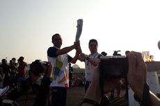 Kirab Obor Asian Games 2018 Hari Terakhir Diringi Mobil Jadul dan Marching Band
