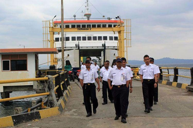 Ilustrasi: kapal penyeberangan milik PT ASDP Indonesia Fery Cabang Kupang, Senin (12/6/2017).