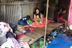 Rumah Dijual Mertua, Keluarga Ini Tinggal di Gubuk Mirip Kandang Ayam dan Anak Putus Sekolah